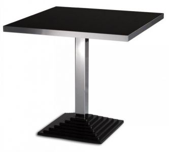 Squerto A Table